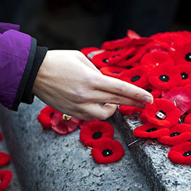 Image - Remembrance Day ceremonies at Laurier